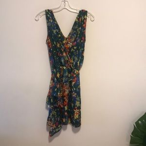 Collective concepts sz small green wrap dress